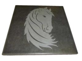 Cavallo Vettoriale inciso su Maiolica 20x20 cm.