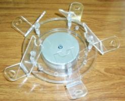 Espositore Rotante a Batteria Sigaretta elettronica altezza 16 cm. - larghezza 16 cm. - spessore 14 cm.